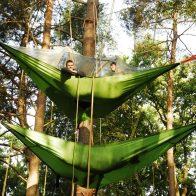 Grimpe encadrée et bivouacs dans les arbres en Dordogne - Perigord, pour particuliers, collectivités et centre de loisirs.tentsile france