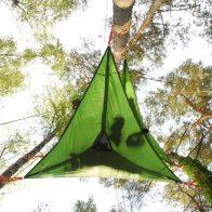 Grimpe encadrée et bivouacs dans les arbres en Dordogne - Périgord, pour particuliers, collectivités et centre de loisirs.Tentsile France